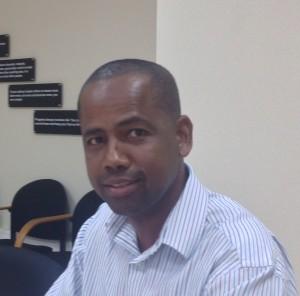 Vooral voor hbo-functies is het moeilijk om op Bonaire geschikte kandidaten te vinden, zegt John Soliano, directeur van de Bonaire Holding Maatschappij (BHM) - Foto: Janita Monna