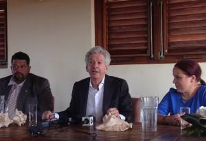 Voor het versterken van de band tussen Nederland en Bonaire zou het goed zijn als iedereen 'op zijn retoriek' zou passen, zegt Plasterk - Foto: Janita Monna