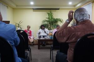 Links scheidend VNO-chef Tanja Timmermans tijdens het symposium over samenwerking in het Koninkrijk - foto: Sharina Henriquez