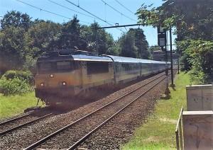 Tilburgse werklozen moesten oude treinen lassen en schuren op straffe van korting op hun uitkering. Foto: Pieter Hofmann.