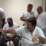 Partijleider Amparo dos Santos temidden van sympathisanten - foto: José Manuel Dias