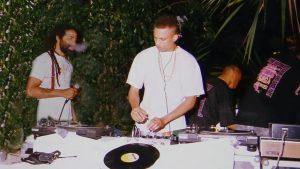 De pioniers van de bubblingmuziek in de beginjaren, MC Pester (Ruben la Cruz) en DJ Moortje (Anthony) - foto: Bubbling Bandje 64