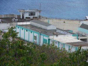 De Pointe Blanche gevangenis op Sint-Maarten - foto: Hilbert Haar